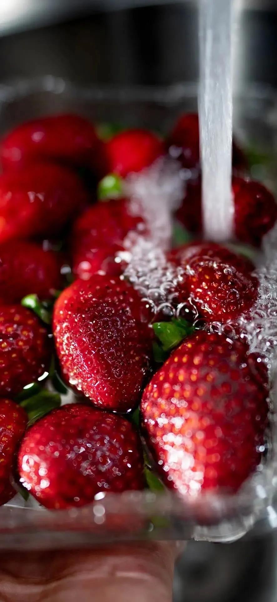 草莓超清特写手机壁纸图片