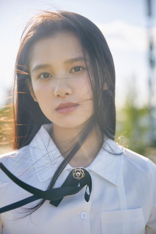 张婧仪校园初恋写真图片