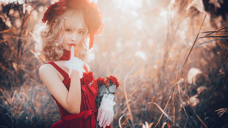 过期米线线喵cos洛丽塔,心上的红玫瑰