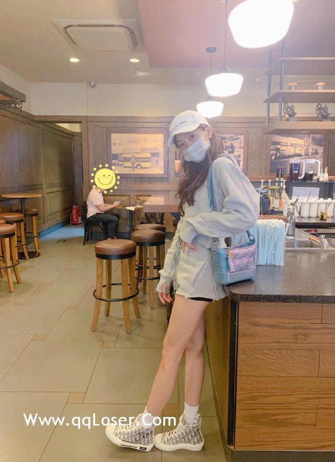 """火箭少女101成员「吴宣仪」被网友称为""""海南富婆""""财美兼收!"""