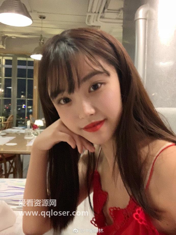 今日微博妹子推荐@半藏森林,重庆文理学院校花「胡文婕」