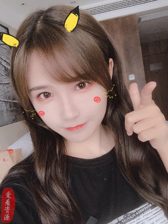 """今日妹子推荐@BEJ48-苏杉杉  被日媒描述成""""四万年一遇的美女"""""""