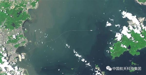 太空看港珠澳大桥:从无到有的震撼的照片 - 9