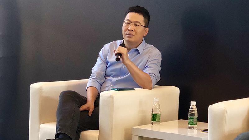 红米卢伟冰:友商喊话要拿走八成市场,我们只好应战的照片