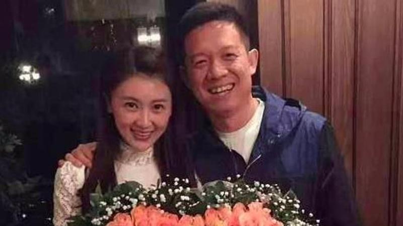传贾跃亭与甘薇申请离婚:已支付51万美金家庭抚养费