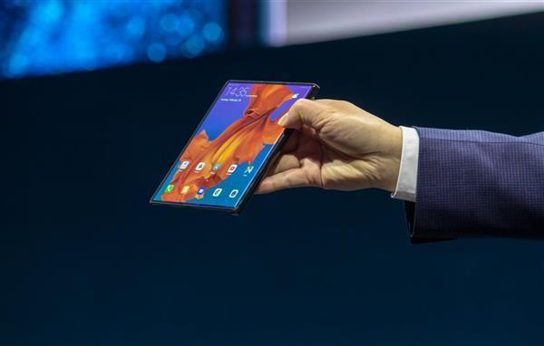 华为发布Mate Xs折叠屏手机:麒麟990 5G处理器的照片 - 1