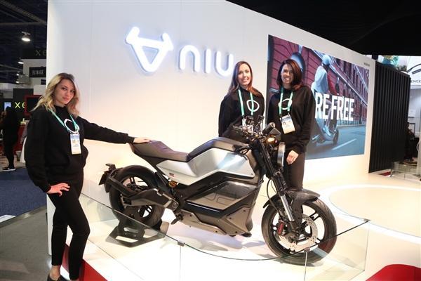 小牛发布全球自动驾驶三轮电动摩托车:支持5G、续航200km的照片 - 1