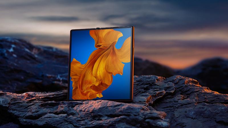 华为MateXs新一代折叠屏手机正式首销 售价16999元的照片 - 1