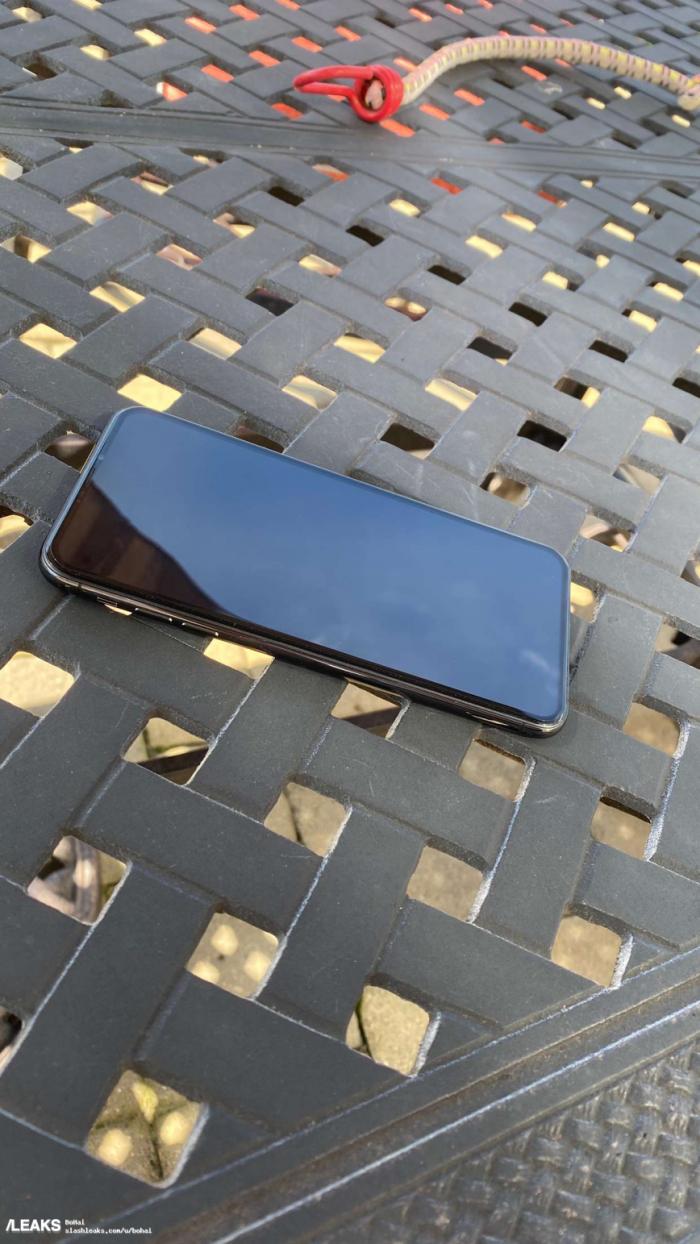 新泄密首次公开iPhone 12 Pro的真机照片的照片 - 2