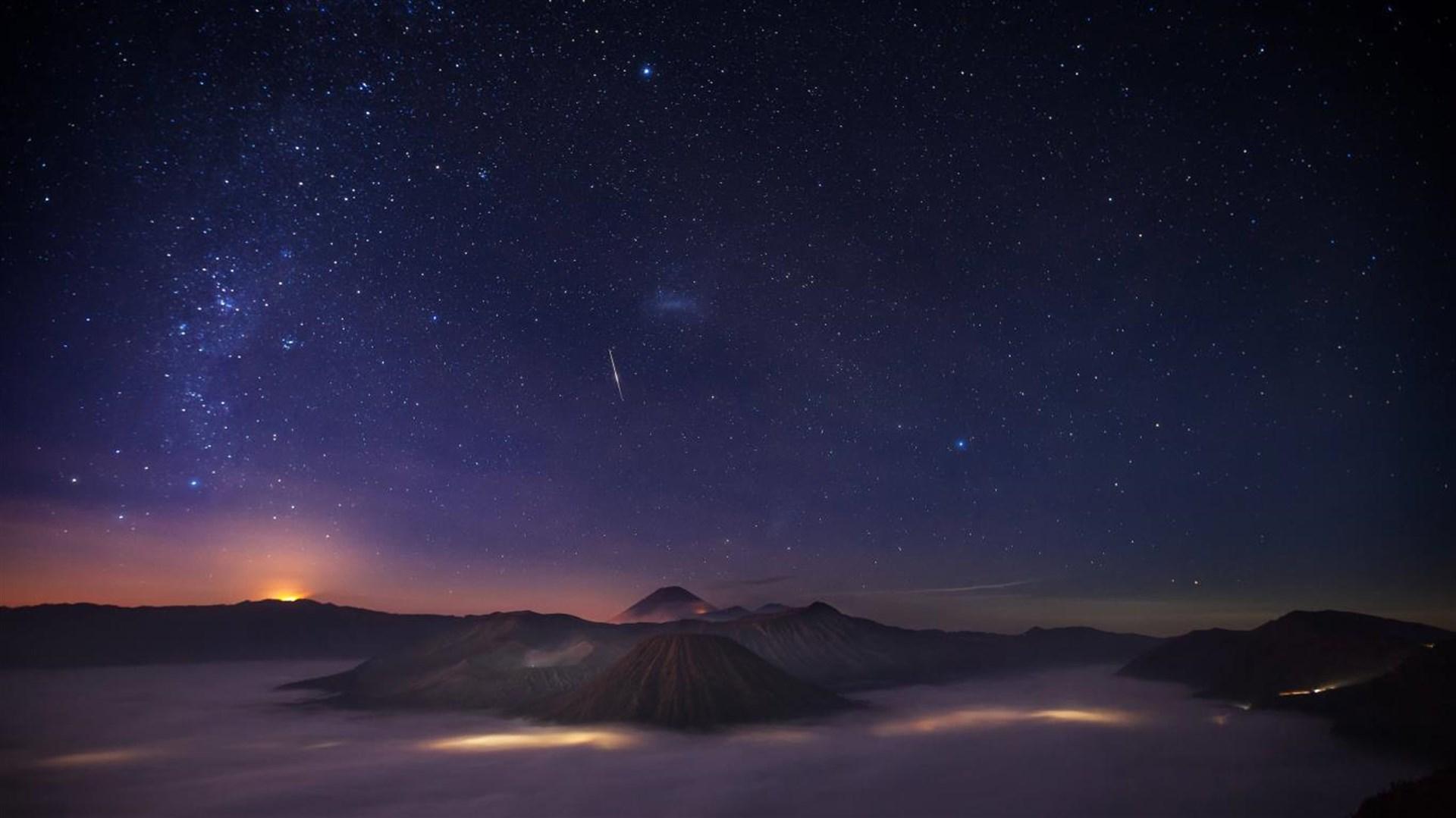 """绚丽的夜空,Win10"""" Night Skies""""4k免费主题的照片 - 5"""