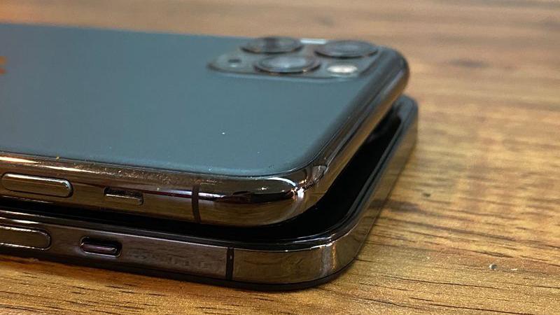 iPhone 12全家桶机模曝光:简直就是在致敬iPhone 4