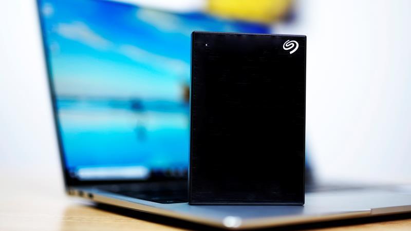 希捷:100TB硬盘将于2030年问世 多磁头臂结构将非常常见的照片 - 1