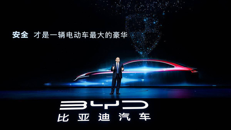 比亚迪高管:出口国外的车按键也带中文的照片 - 1