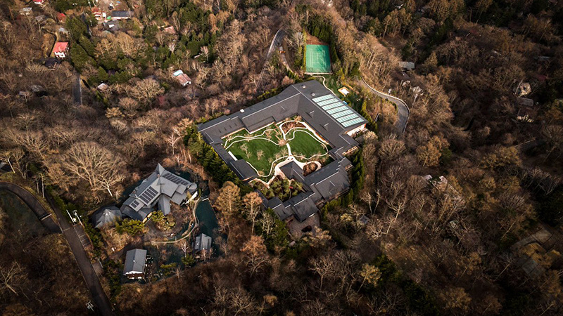 比尔盖茨2万平米新别墅完工:地下三层引热议的照片 - 1