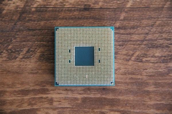 AMD Zen4 AM5接口首次公开:1718个触点、抛弃DDR4的照片 - 3