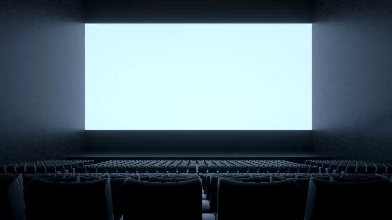 男童拍坏电影院银幕家长拒绝赔偿!这下家长要赔大了的照片 - 1