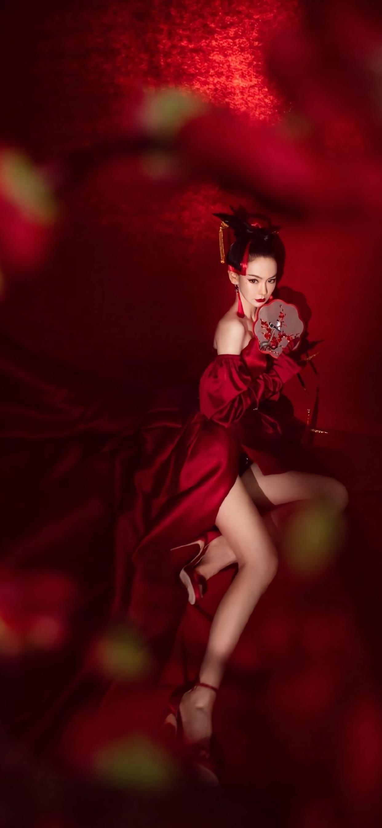 戚薇中国风性感写真图片手机壁纸