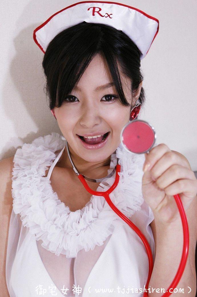 日本前K奶写真偶像、演员佐藤和沙(さとう かずさ)-护士制服+内衣写真 ,32D超有料!