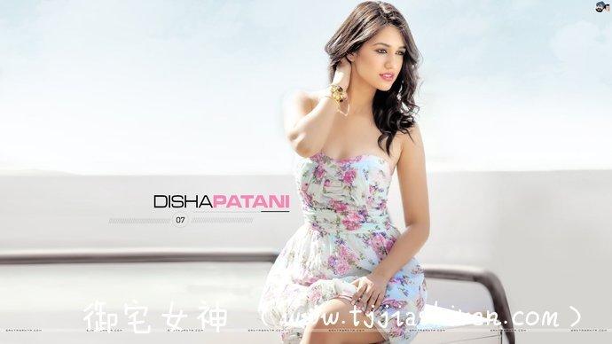 """印度高种姓女演员兼模特蒂莎·帕塔妮(Disha Patani)身材好到不行给人以一种很惊艳的感觉,与龙叔合作拍摄中印电影《功夫瑜伽》饰演美女博士赞到不行,被誉为""""印度西施""""!"""