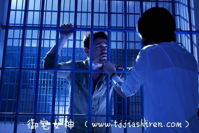 【电影吐槽向】《逆战》打戏很过瘾 谢霆锋演戏很用力 杰伦演技有长进!