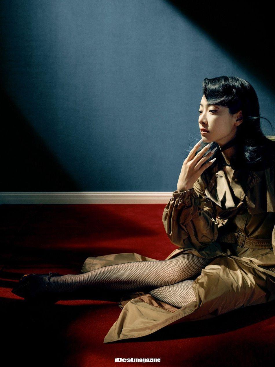 宋茜优雅柔美复古风装扮穿搭性感写真图片
