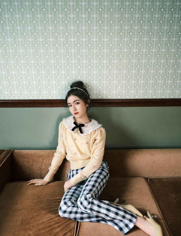 李兰迪复古文艺范写真风格登星画面杂志写真