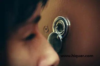 韩国专家教你找出家里的针孔摄影机,避免自己成为影片主角,每个人都要看看! 涨姿势 第20张