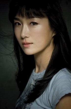 《吴妍秀》-