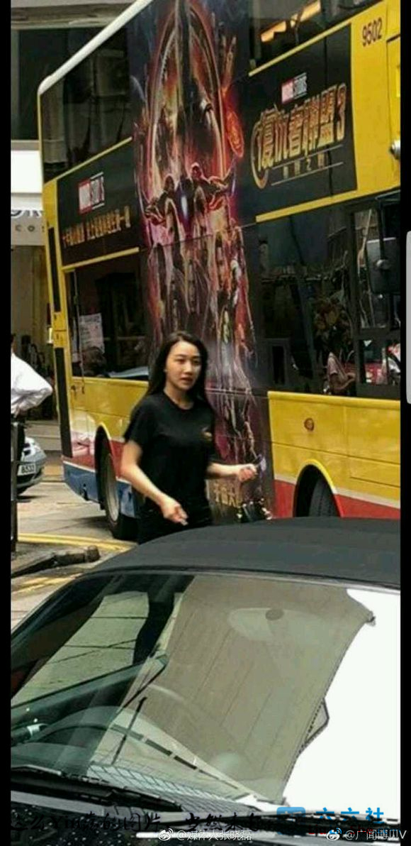 香港保时捷女,国模龙馨又搞出大新闻了 liuliushe.net六六社 第4张