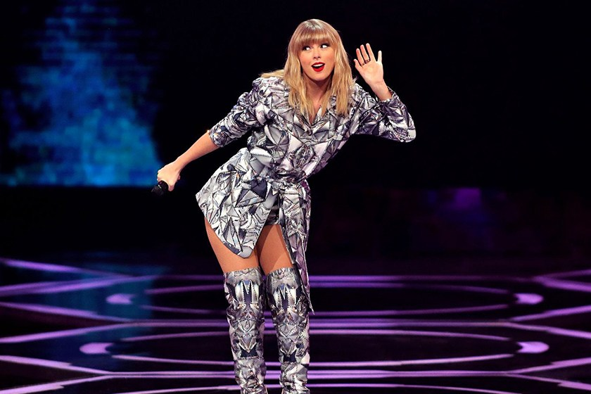 《福布斯》公布2019年度「全球最高收入音乐人」,Taylor Swift一回归就夺下冠军宝座!插图(1)