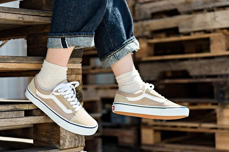 2019年最受女性欢迎运动鞋TOP10,阿甘鞋、奶茶鞋、老爹鞋,你喜欢哪双?插图10