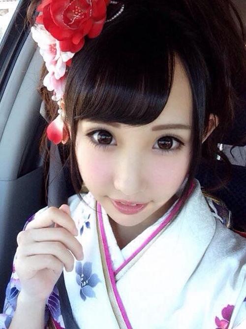 宇佐美舞写真,日本演艺界的十大美女之一