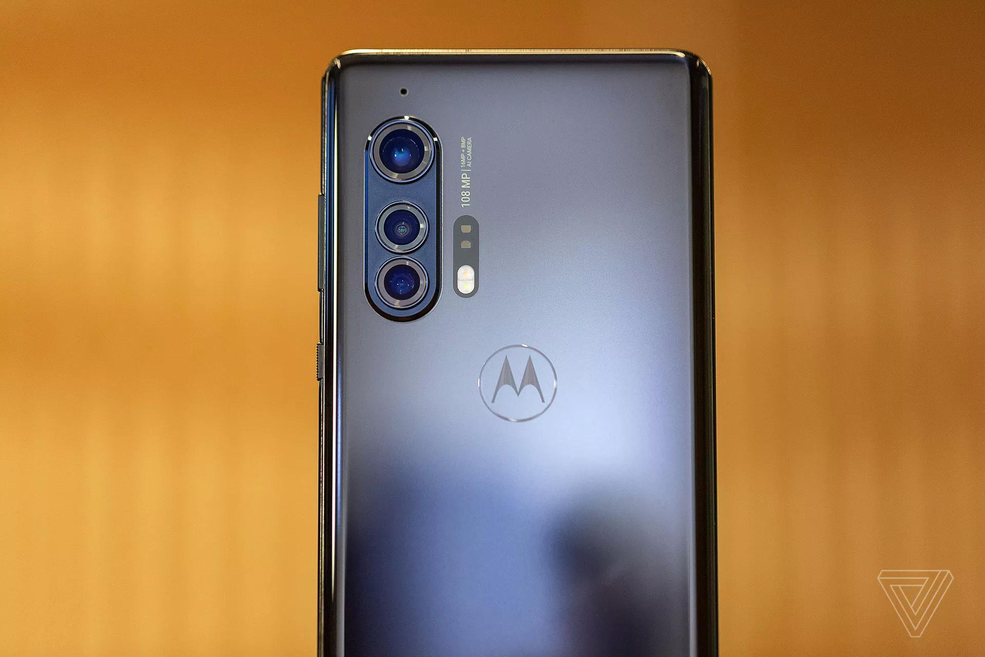 摩托罗拉EdgePlus可能是一款具有不错性价比的手机