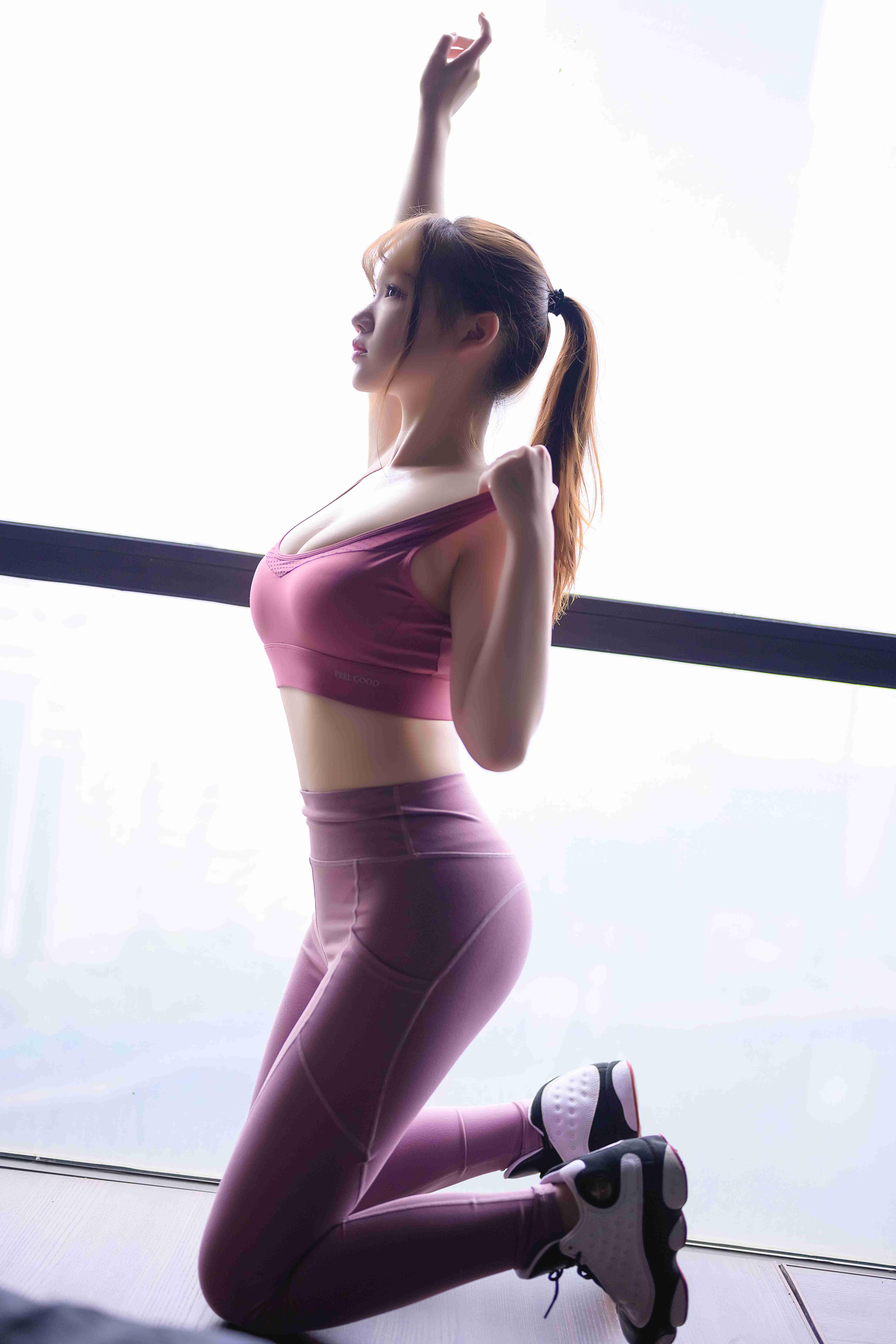 雪晴Astra运动元素写真,做你的健身教练好不好
