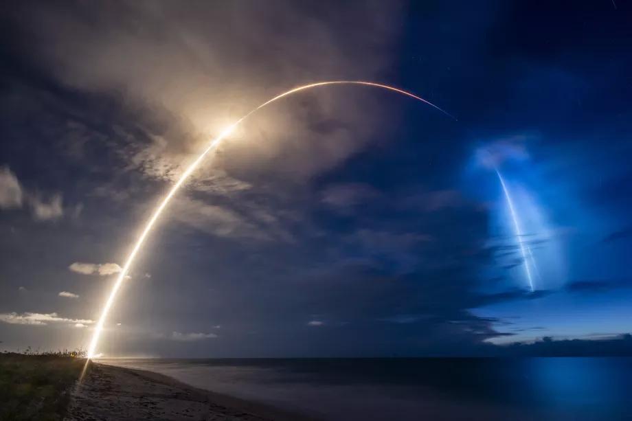 SpaceX在猎鹰9号上发射了更多的Starlink卫星,三架Planet SkySat搭便车