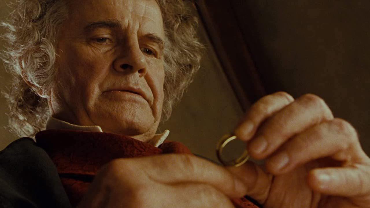 通过《指环王》中的惊人转折来回忆伊恩·霍尔姆