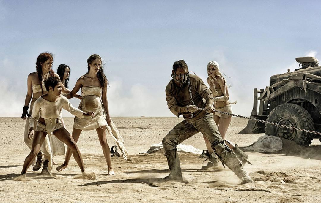 """《疯狂的麦克斯:狂暴之路》:莎莉兹·塞隆(Charlize Theron)对Furiosa的""""令人心碎""""重铸"""