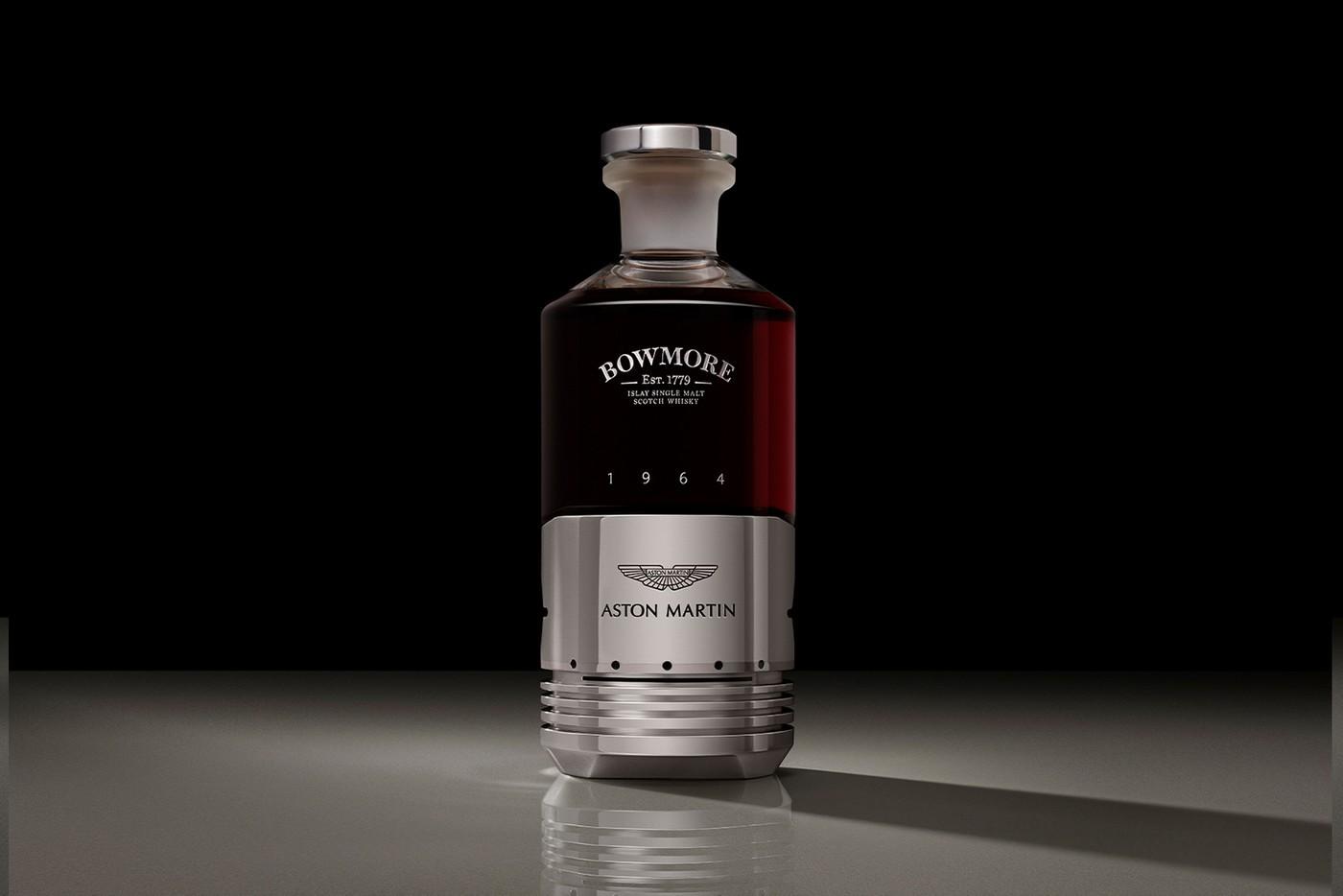 阿斯顿·马丁和鲍莫尔的超稀有威士忌带有DB5活塞瓶