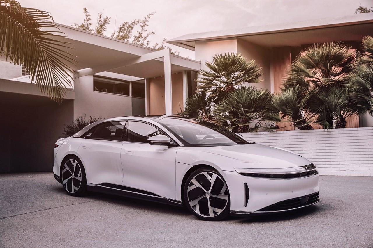 Lucid Motors发布拥有1080匹马力的Lucid Air将超越特斯拉和保时捷的电动汽车