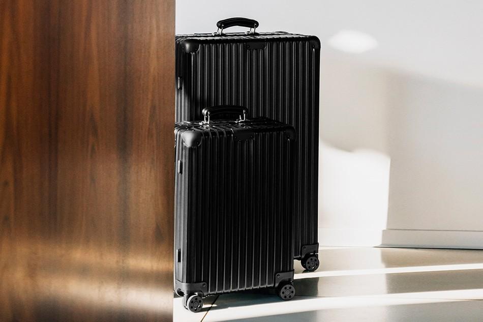 RIMOWA在经典系列旅行箱中添加了新的哑光黑配色