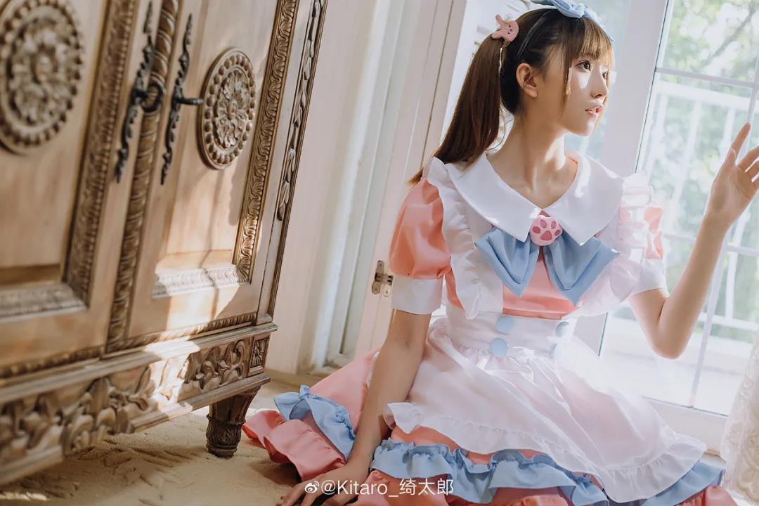 Kitaro_绮太郎粉色女仆写真,漂亮女孩系列