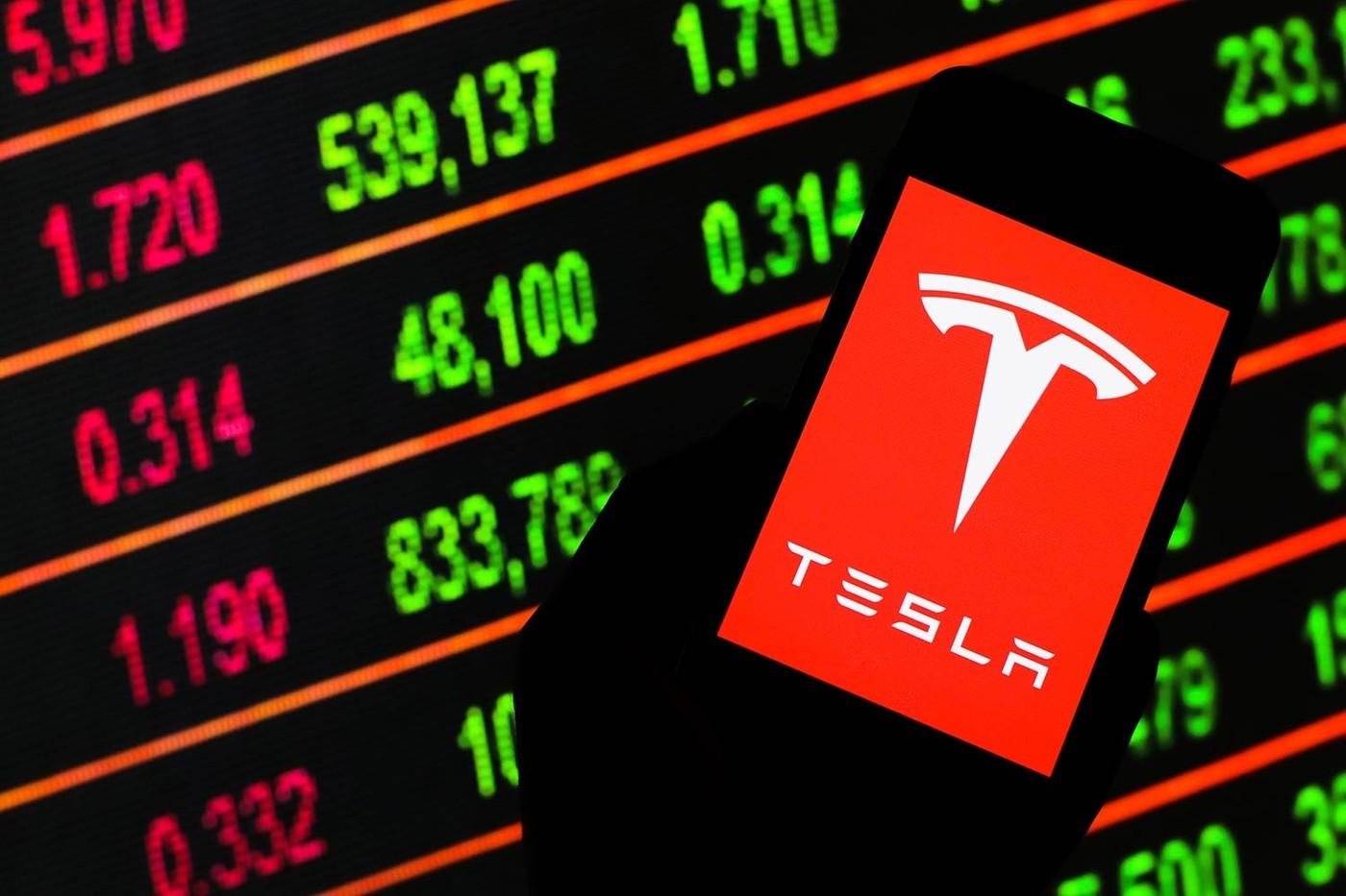特斯拉股价在标准普尔500指数首发前上涨6%
