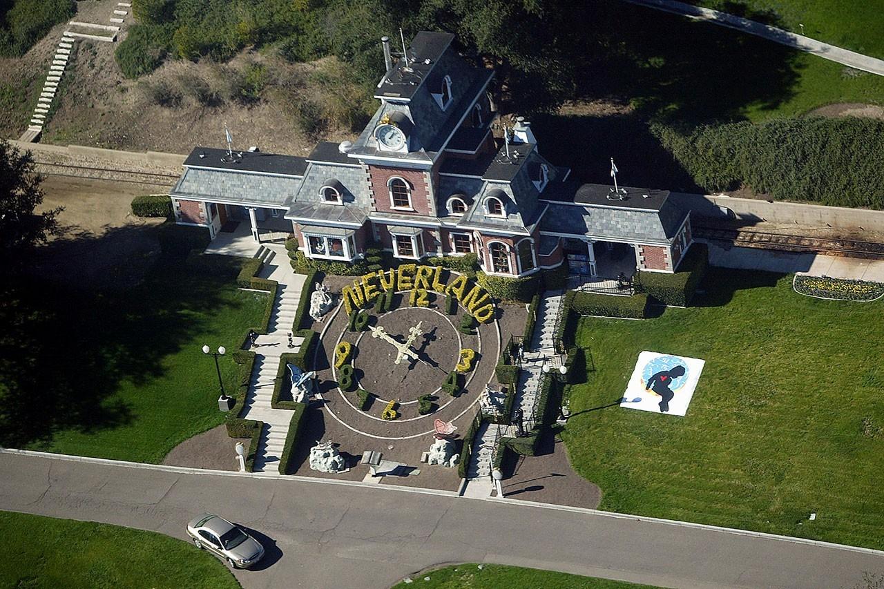 迈克尔·杰克逊的梦幻庄园以惊人的2200万美元售出