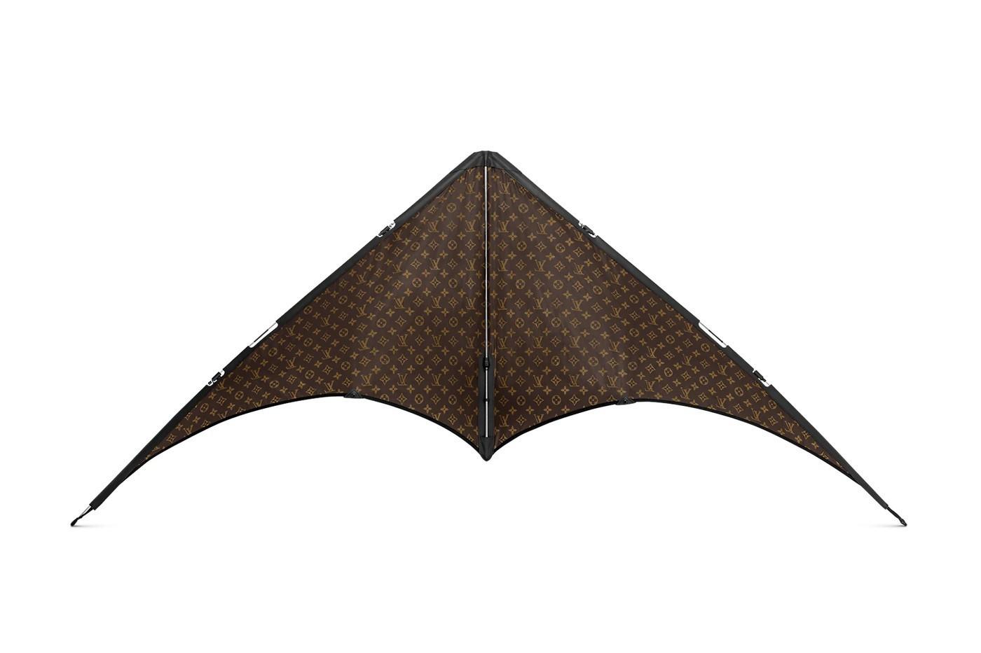路易威登推出了带有LV印花的风筝