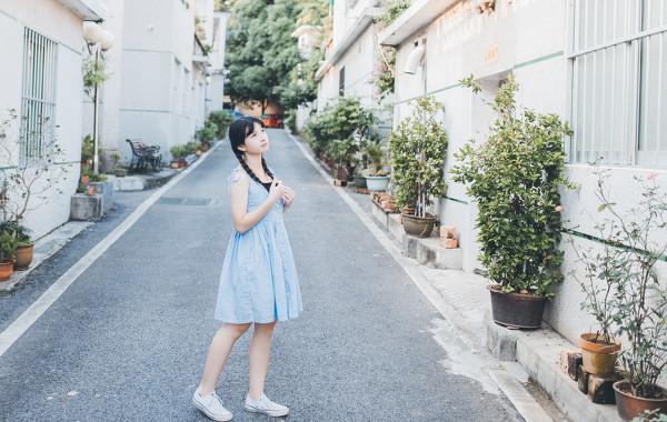 妹子摄影 – 20岁的某一天,麻花瓣长裙_图片 No.5