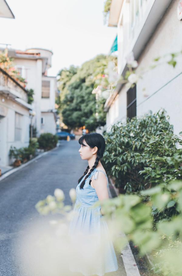 妹子摄影 – 20岁的某一天,麻花瓣长裙_图片 No.8