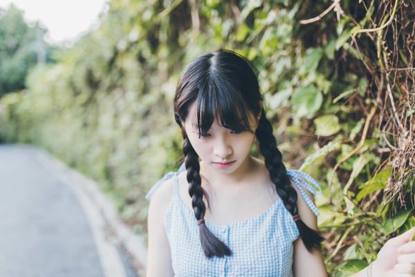 妹子摄影 – 20岁的某一天,麻花瓣长裙_图片 No.10