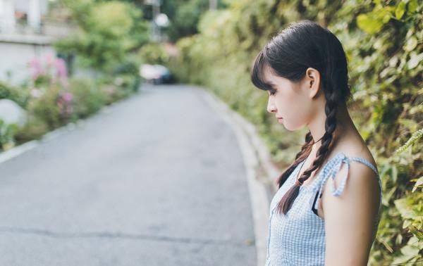 妹子摄影 – 20岁的某一天,麻花瓣长裙_图片 No.11