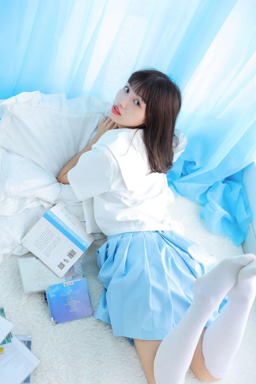 妹子摄影 – 短裙萝莉双马尾_图片 No.8