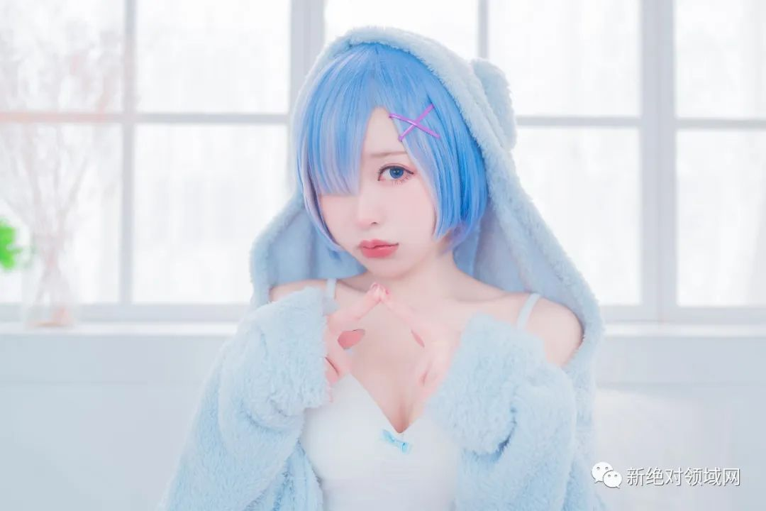 "cosplay – 白丝袜睡衣拉姆雷姆,性感""刀疤""让人着迷 - [leimu486.com] No.8"